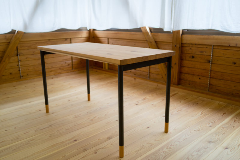 Sabot Table