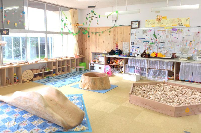 子育て支援センター「カンガルーのぽっけ」 (熊本県小国町)